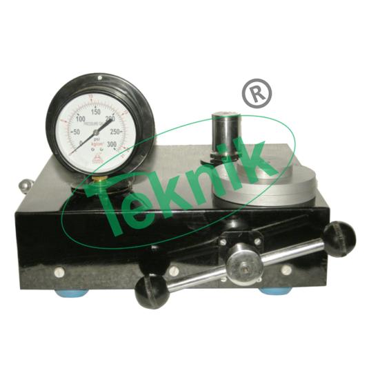 Mechanical-Engineering-Fluid-Mechnics-equipment-Dead-Weight-Pressure-Gauge-Calibrator
